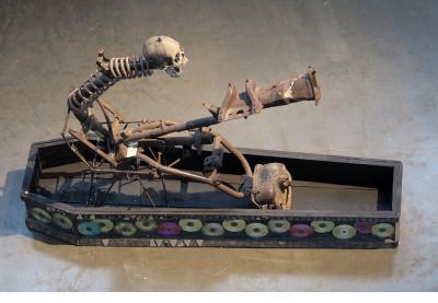 Ghede Sekey (Ghede's coffin) - André Eugene