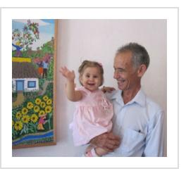 Luis Joaquin Rodriguez Arias and his grand-daughter (photo courtesy of his son, El Estudiante).
