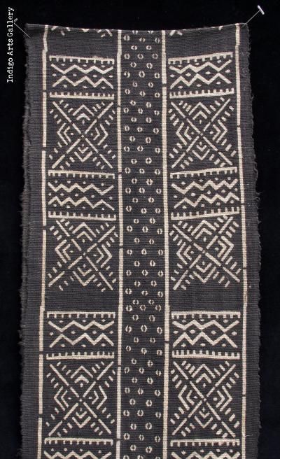 Bogolanfini Noire - Mud-cloth scarf by Habibou Coulibaly