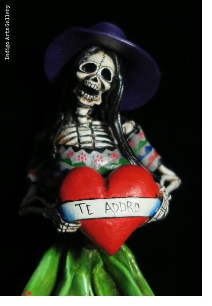 Calavera with Heart - Retablo figure