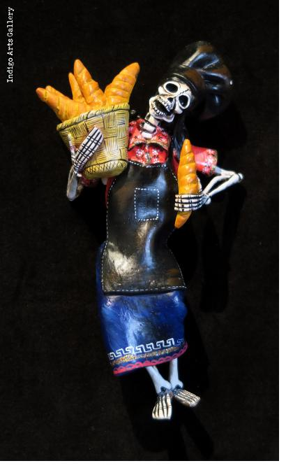 Bread Baker of the Dead - retablo figure