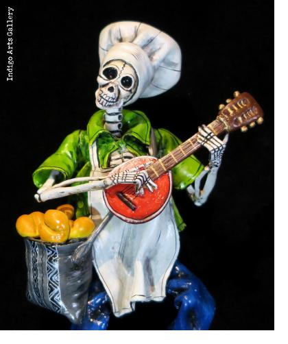Baker of the Dead - retablo figure
