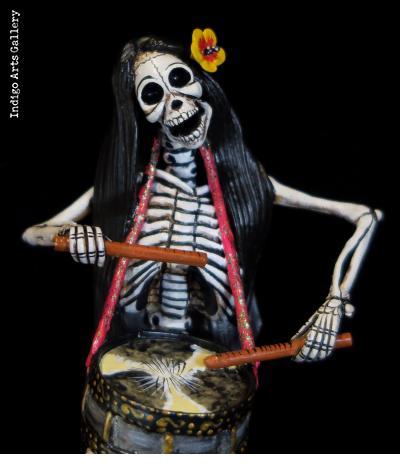 Sirena Calavera Drummer - retablo figure