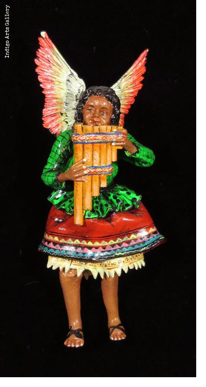 Angel with Pan-pipes - retablo figure