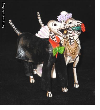 Perros Novios Muertos (skeleton newlywed dogs)