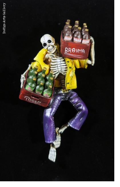 Cerveza por los Muertos - Retablo Figure