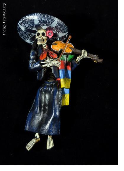 """""""Mariachi de los Muertos"""" - retablo figure"""