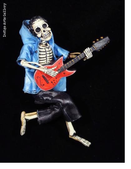 Death Metal with Hoodie - retablo figure