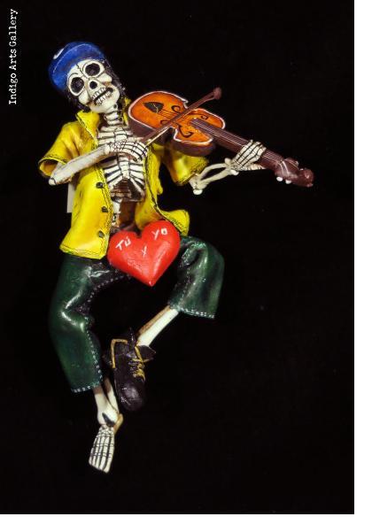 Calavera Violinist - retablo figure