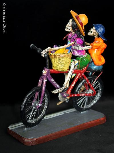 Bringing Home the Groceries - Retablo Sculpture