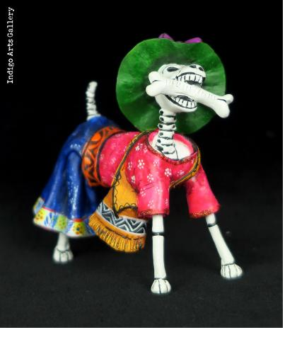 Perro Muerte with Bone