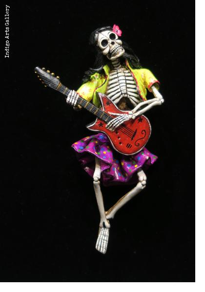 Calavera Rocker - retablo sculpture
