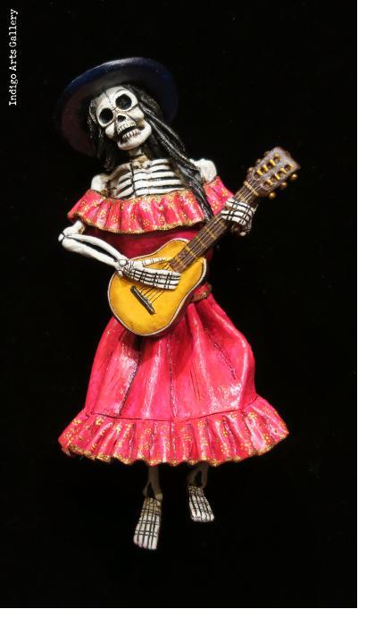Calavera Guitarist - retablo figure