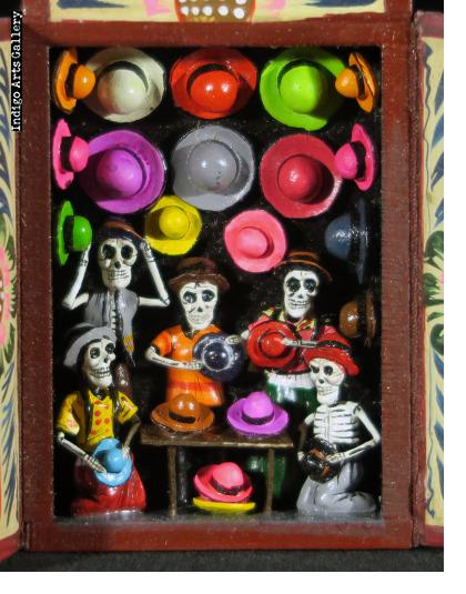 Hat Shop of the Dead - Mini-Retablo