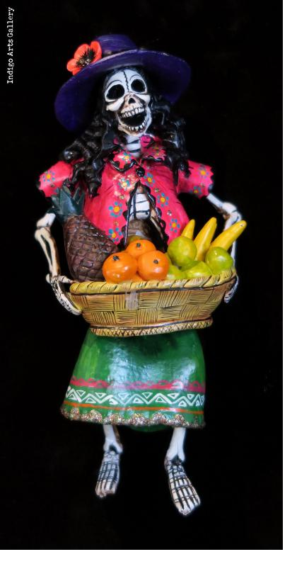 Fruit-seller of the Dead - retablo figure