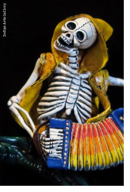 Accordionist of the Dead - retablo figure
