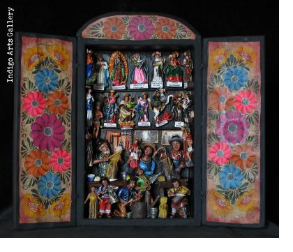 Casa de los Santos (House of Saints) Retablo