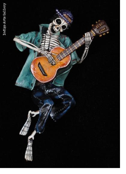 Skeleton Musician - Retablo figure