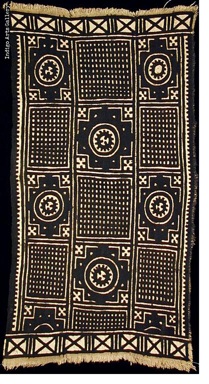 Bogolanfini - Mud Cloth tafé (wrapper)