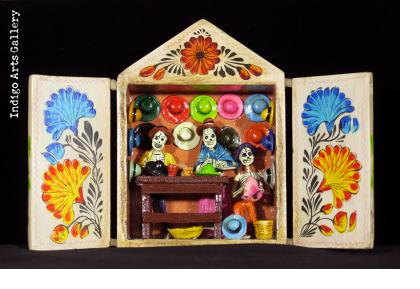 Hat Shop of the Dead - Retablo