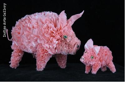 Recycled Plastic Bag Pig - small (with a large one)
