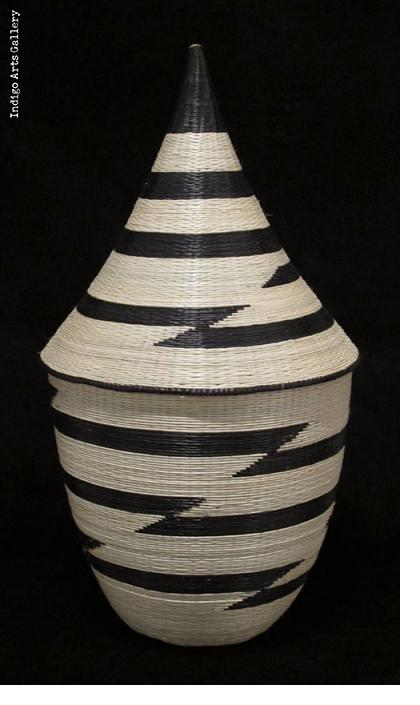 Traditional Peace Basket with Lid - White and Black