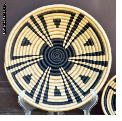 Sunflower pattern basket