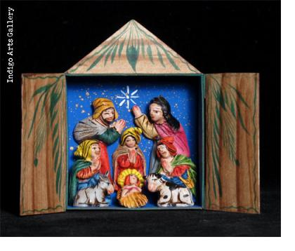 Nascimiento (Rustic mini-Nativity) Retablo