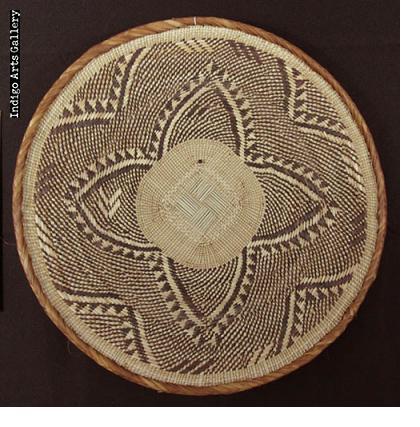 Tonga Basket by Matron Mwembe