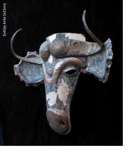 Recycled Steel Wildebeest Mask from Zimbabwe