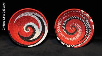 Imbenge - Small Zulu Wire Basket - Black, White and Red