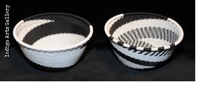 Imbenge - Small Zulu Wire Basket - Black and White